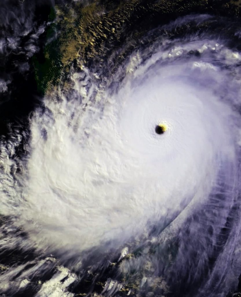 Typhoon4_Fotor