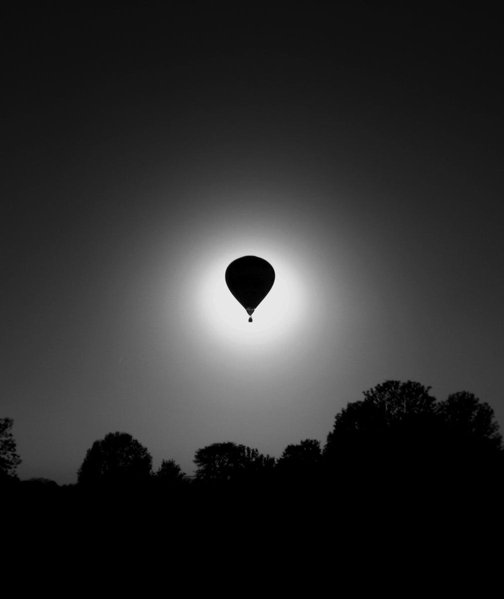 balloon-at-night2